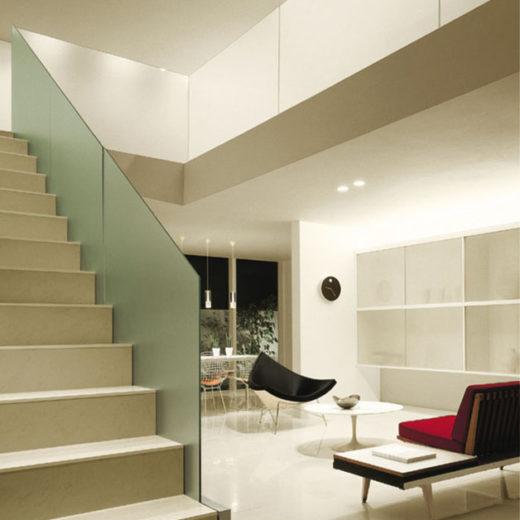 リビング・階段 照明 サムネイル